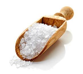 Feuchtigkeit mit Salz entziehen um Luftfeuchtigkeit in Räumen senken zu können